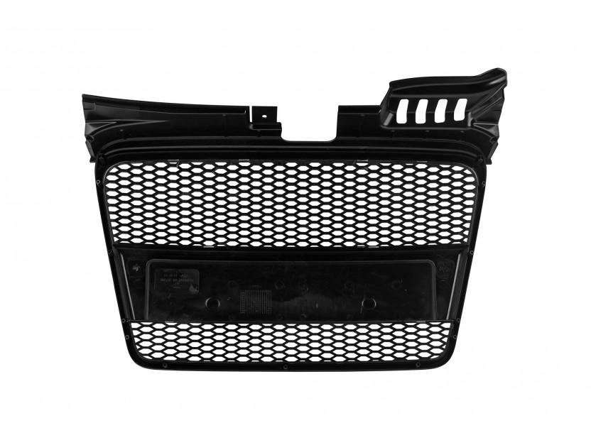 Черна решетка без емблема тип RS за Audi A4 2004-2008 без отвори за парктроник 3