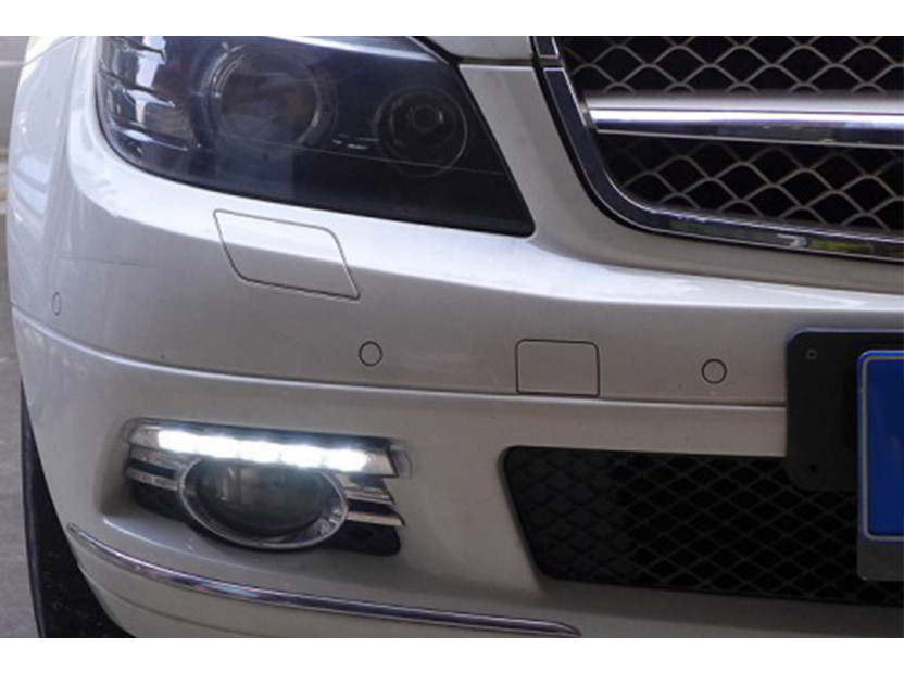 Специфични дневни светлини за Mercedes C класа W204 2007-2011 2