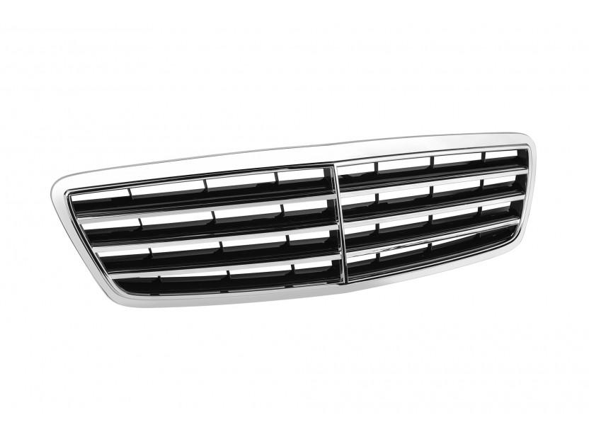 Хром/черна решетка тип Avantgarde за Mercedes C класа W203 2004-2007 2