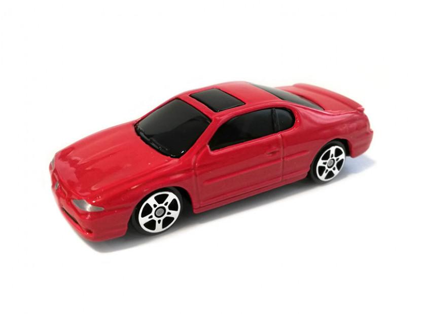 Играчка Maisto Fresh Metal червен Chevrolet Monte Carlo SS 2000 в мащаб 1:72