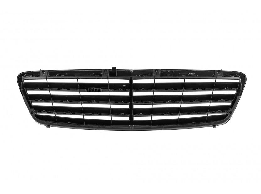 Хром/черна решетка тип Avantgarde за Mercedes C класа W203 2004-2007 3