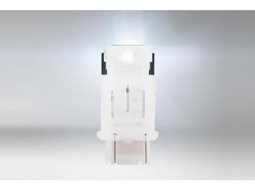 Комплект 2 броя LED лампи Osram тип P27/7W бели 6000K, 145LM, 12V, 1.70W, W2.5x16q 2