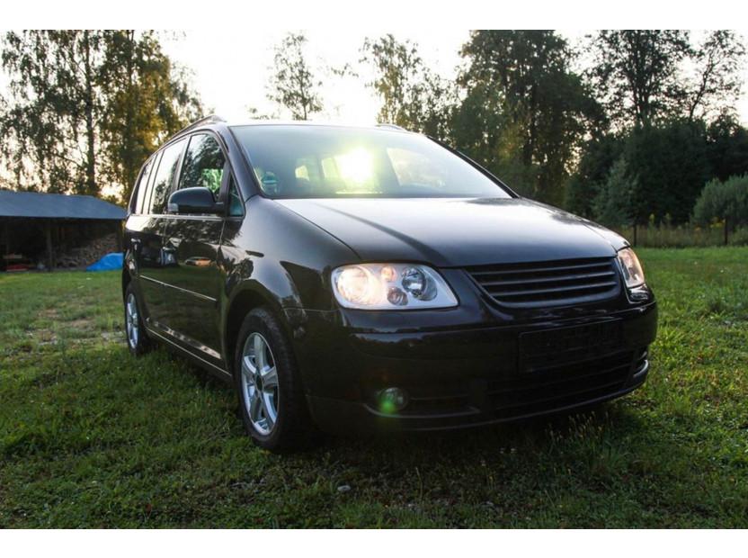 Черна решетка без емблема за VW Touran 2003-2006 5