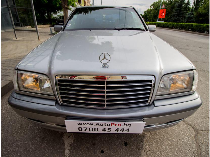 Хром/черна решетка за Mercedes C класа W202 1993-2000 9
