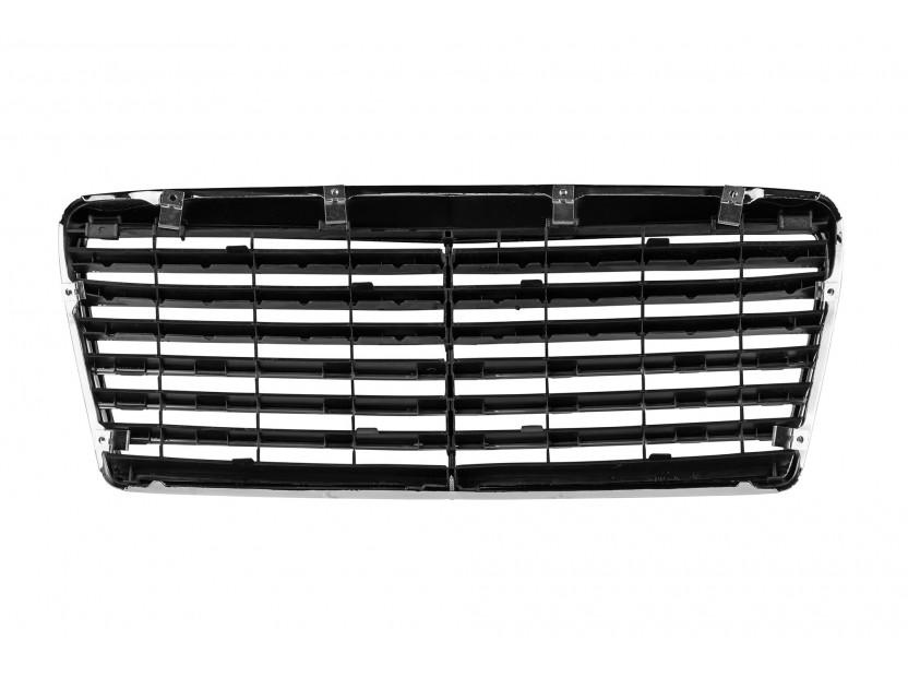 Хром/черна решетка за Mercedes E класа W124 1993-1995 3