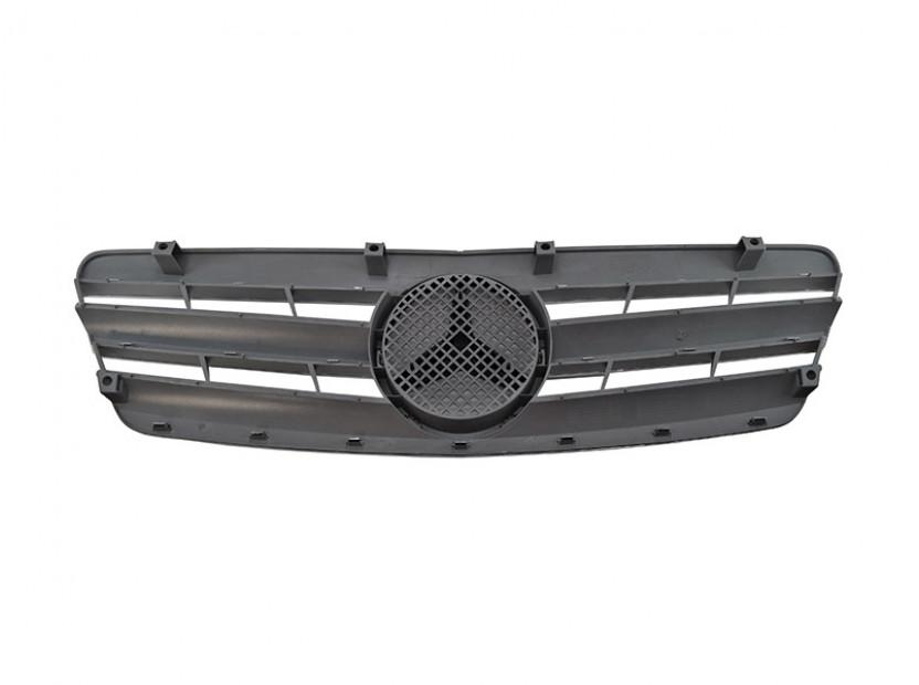Хром/сива решетка за Mercedes C класа W203 2000-2007 2