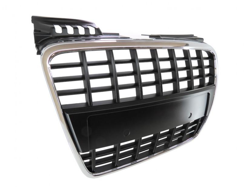 Хром/черна решетка без емблема тип S-line без емблема за Audi A4 B7 седан, комби 2004-2007 без отвори за парктроник, за предна S-line броня 2