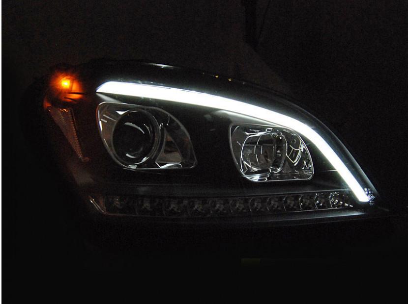 Комплект тунинг фарове за Mercedes ML W164 2005-2008 с черна основа, ляв и десен 4