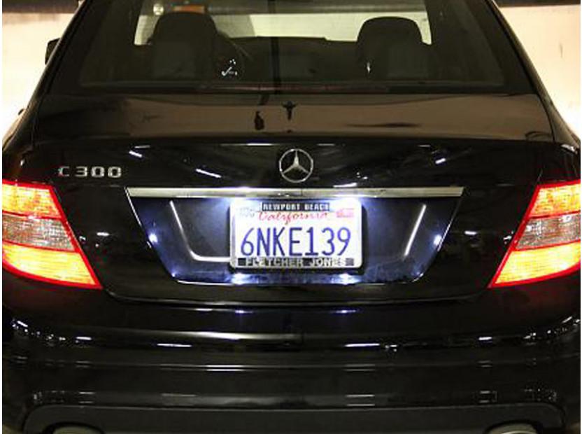 Комплект LED плафони за регистрационен номер за Mercedes C класа W204, E класа W212/C207, CL C216, S класа W221, ляв и десен 10