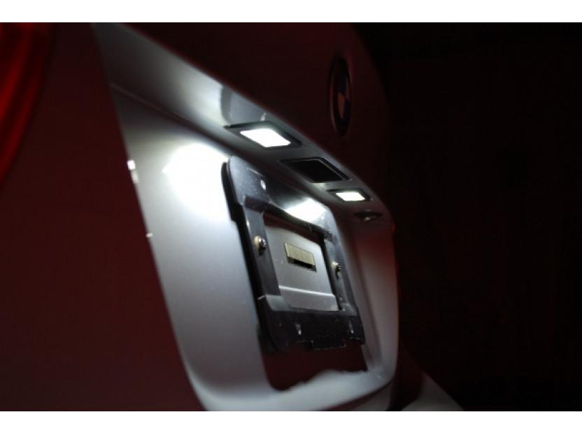 Комплект LED плафони за регистрационен номер за BMW серия 3 E46 купе/кабрио 2003-2006, ляв и десен 15