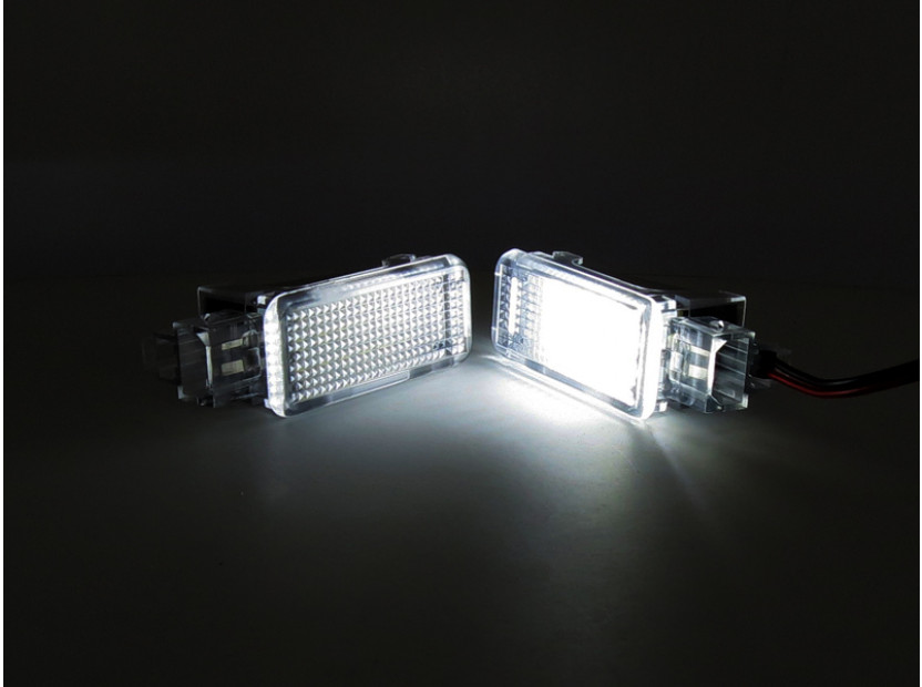 Комплект LED плафони за интериор Audi A3, A4, VW Golf V,VI,Passat,Caddy,EOS,Jetta,Scirocco 5
