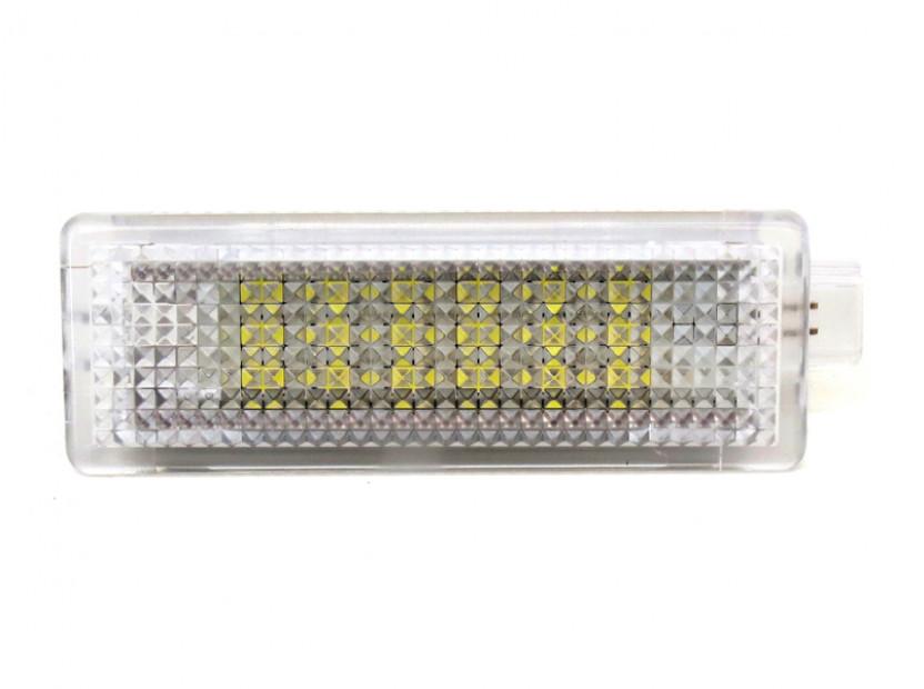 LED плафон за жабка за BMW E70,E71,E85,E86,F10,F11,E65,E66,E67,E68,F01,F02