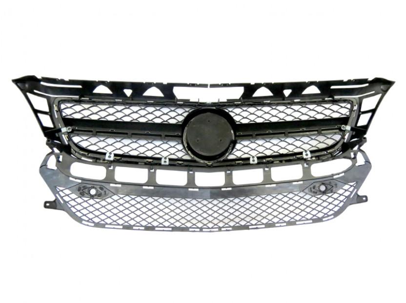Хром/черна решетка тип AMG за Mercedes CLS W218 2011-2014 с отвори за парктроник, съвместима с предна стандартна броня 5