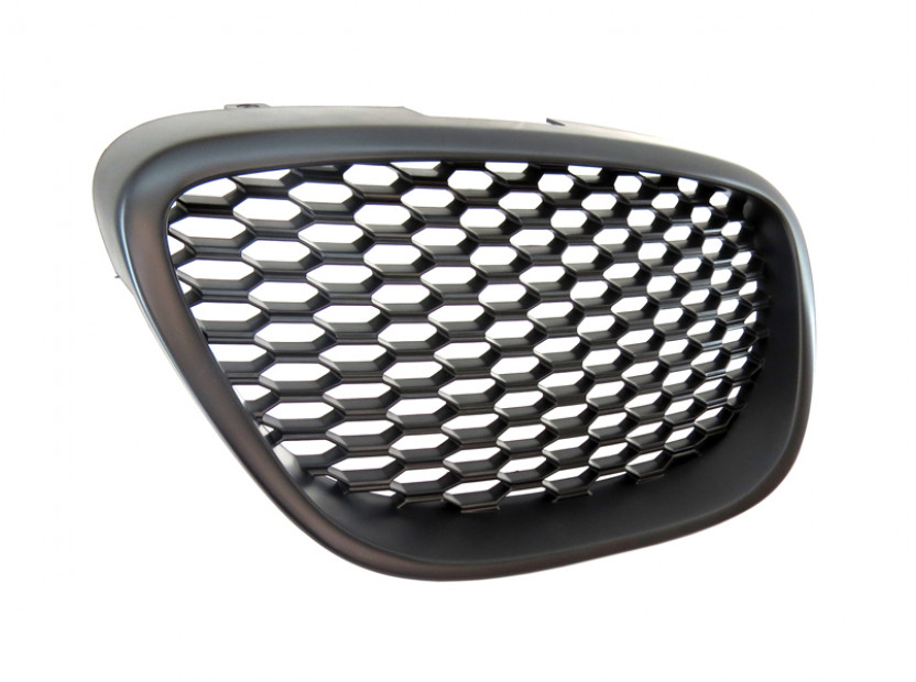 Черна решетка без емблема тип пчелна пита за Seat Leon 2006-2009 3