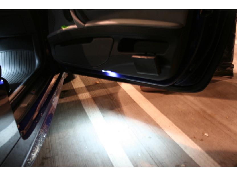 Комплект LED плафони за осветление под вратите за BMW серия 5 E39 1995-2003,X5 E53 1999-2006,Z8 E52 2000-2003, ляв и десен 5