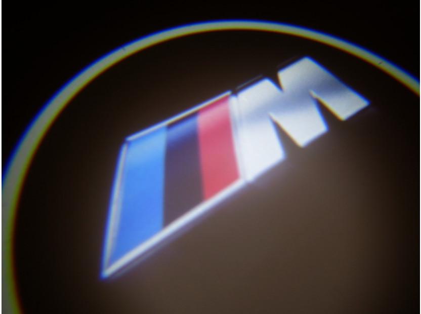 Лого проектoр ///M 15
