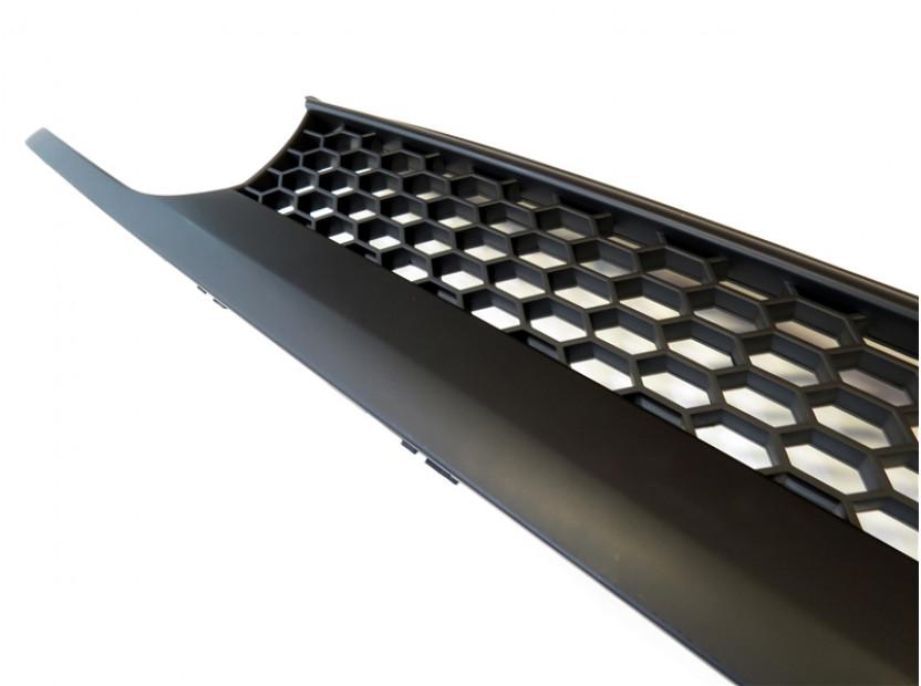 Черна решетка без емблема тип пчелна пита за VW Golf III 1991-1997 3