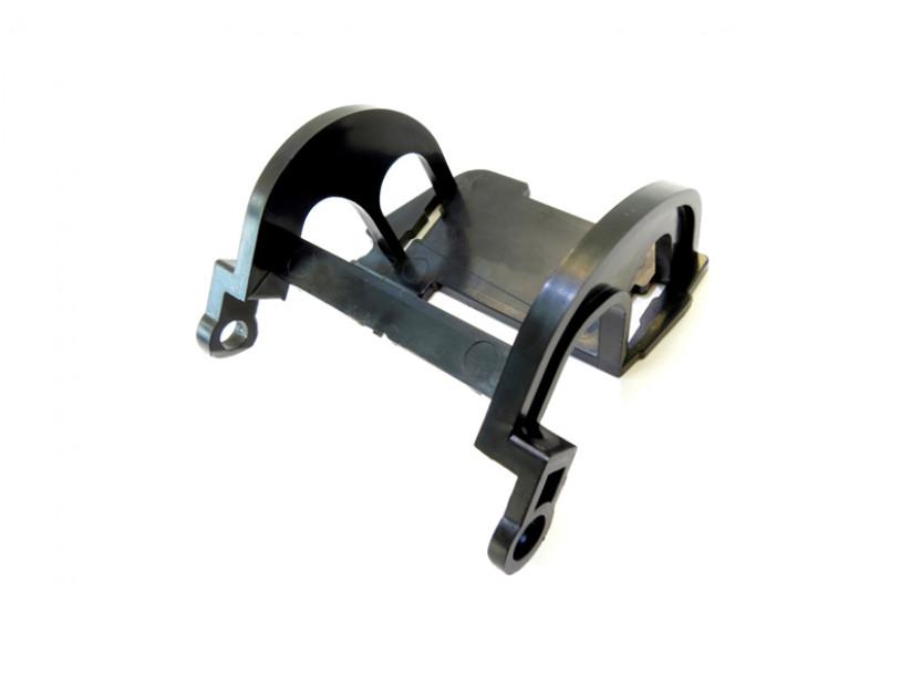 Дясна скоба за капаче на пръскалка за предна M technik броня за BMW серия 5 E60/E61 2003-2010 3