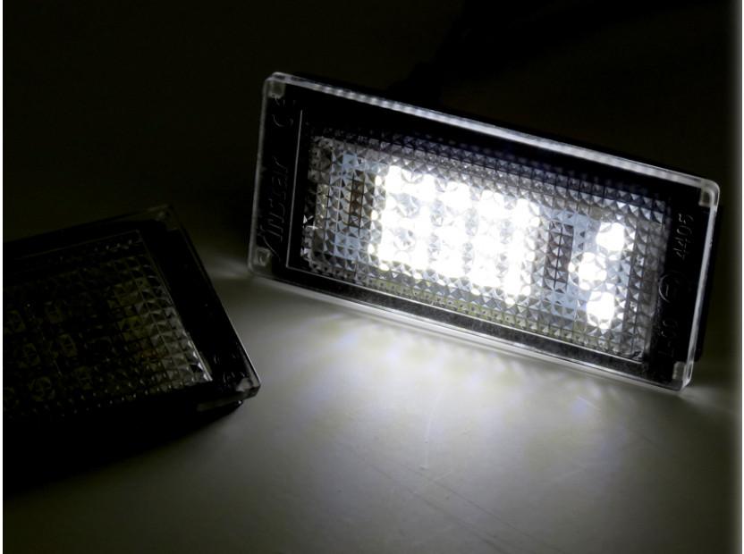 Комплект LED плафони за регистрационен номер за BMW серия 3 E46 купе/кабрио 2003-2006, ляв и десен 4