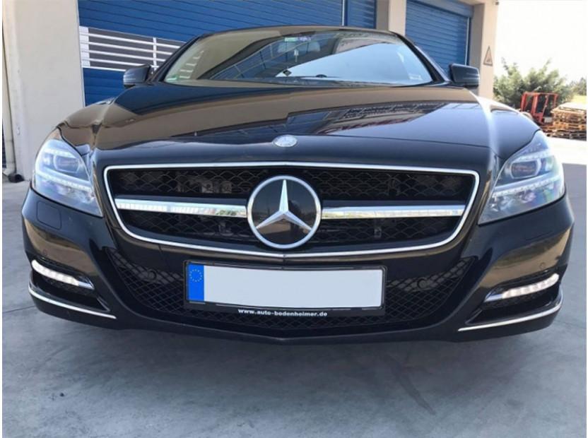 Хром/черна решетка тип AMG за Mercedes CLS W218 2011-2014 с отвори за парктроник, съвместима с предна стандартна броня 9