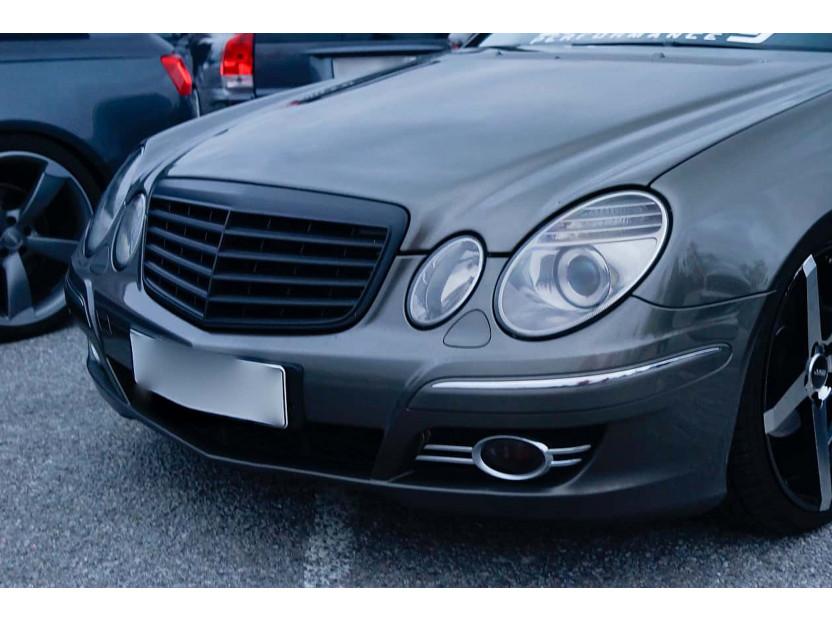 Черен мат решетка за Mercedes E класа W211 2007-2009 4