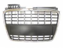 Хром/черна решетка без емблема за Audi A4 2004-2007 тип S8 без отвори за парктроник, за стандартна предна броня