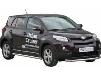 Ролбар Misutonida по цялата дължина на бронята за Toyota Urban Cruiser след 2009 година с капачки от неръждаема стомана