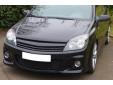 Черна решетка без емблема за Opel Astra H GTC 3 врати 2004-2007 5